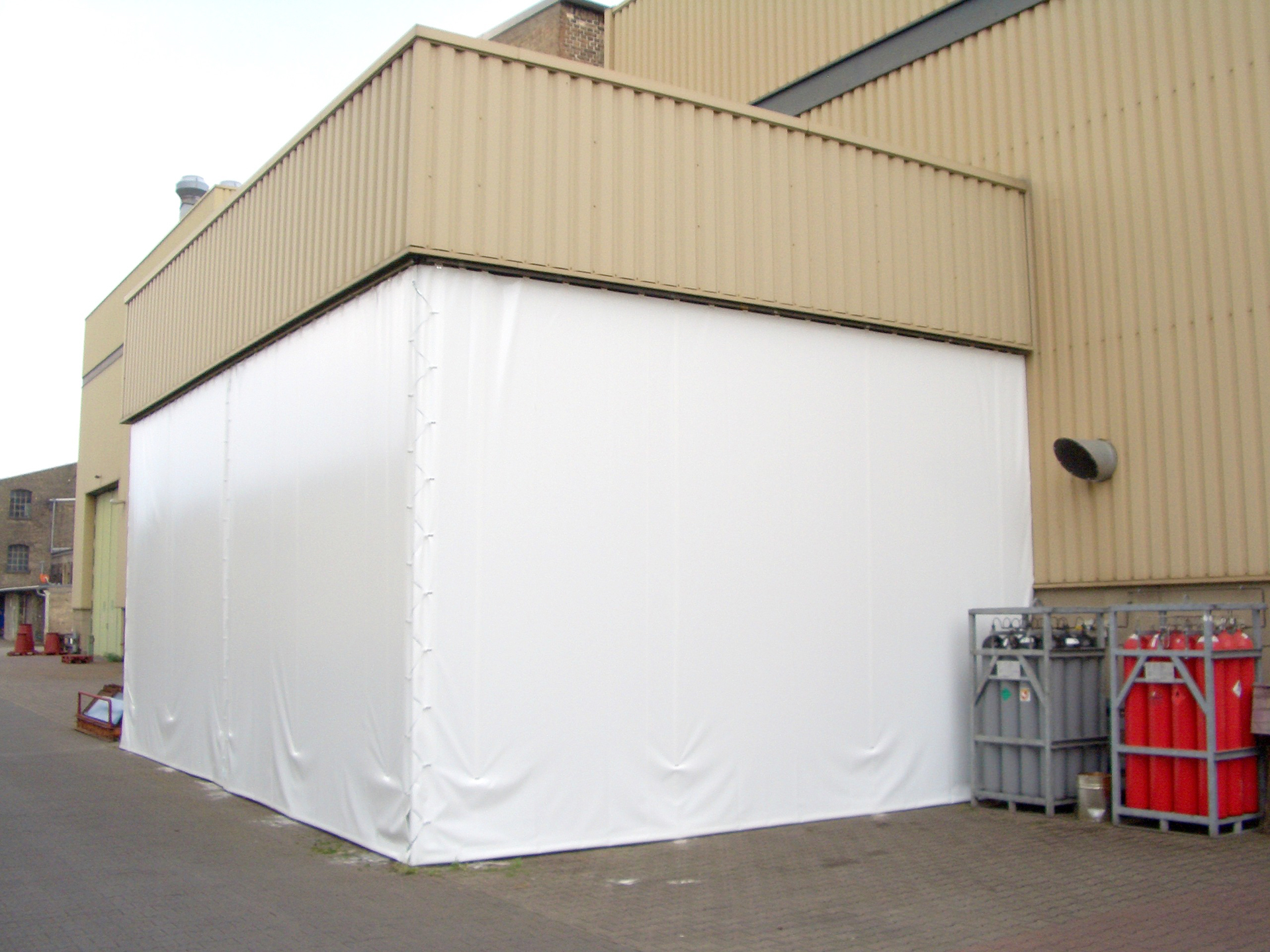 Hallenabtrennung Sägezentrum