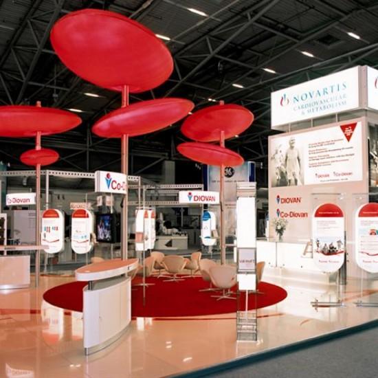 Lichtkörper für Messestände Planex GmbH