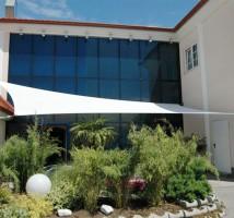 Sonnensegel nach Maß von Planex Technik in Textil GmbH für eine Terasse