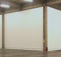 Hallenabtrennung für ein Lager von Planex Technik in Textil GmbH