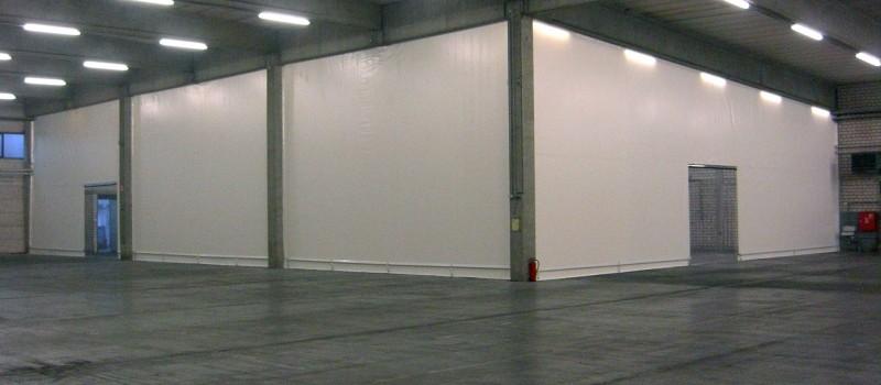 Hallenabtrennung einer Produktions- und Lagerhalle